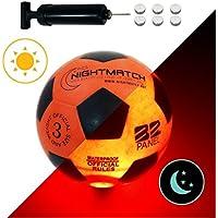 NIGHTMATCH Balón de Fútbol Ilumina Incl. Bomba de balón - LED Interior se Enciende Cuando se patea – Brilla en la Oscuridad - Tamaño 3 - Tamaño y Peso Oficial Naranja/Negro
