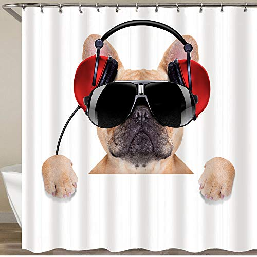 BEITUOLA Neueste Duschvorhänge DJ Bulldogge Hund mit Kopfhörern Musik hören hinter einem weißen Banner Wasserdicht Bad Vorhang Waschbar Bad Vorhang Polyester Stoff mit 12 Haken 180x180 cm