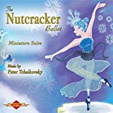 Midnight / Mice Attack / The Toys Come to Life / The Nutcracker Defeats the Mouse King and Transforms Into a Prince!
