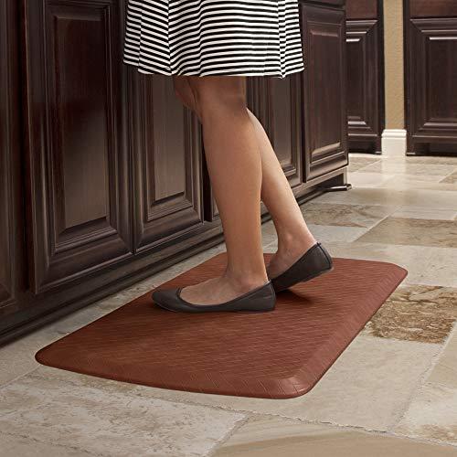 GelPro Anti Fatigue Ergonomic Gel & Foam Floor Standing Comfort-Non Slip Cushioned Kitchen Mat or Standup Desk Pad, 20 x 32 x 5/8', Basketweave Chestnut