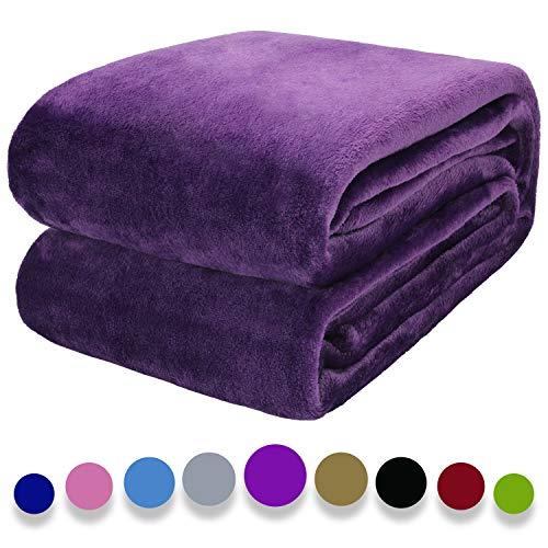Arkham - Coperta in flanella di pile viola per la casa, soffice coperta calda per divano e animali domestici, coperta in pile di flanella viola, 150 x 200 cm