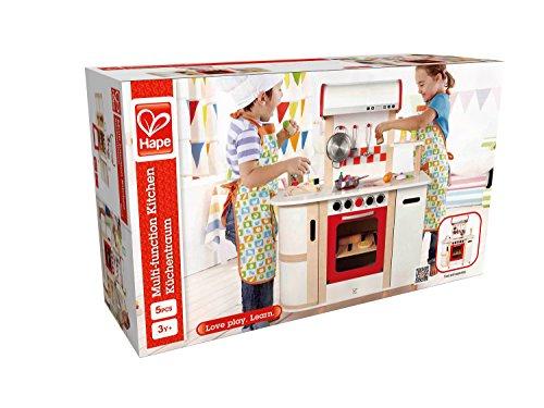 Hape E8018 - Küchentraum, Kinderküche inklusive Zubehör (Topf, Pfanne, Pfannenwender und Schöpflöffel), Spielküche aus Holz - 2