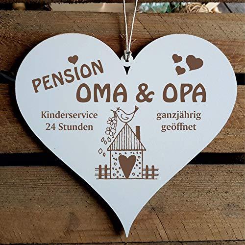 Schild Herz Spruch - Pension Oma & Opa ganzjährig geöffnet - Holzschild Türschild 13x12cm   Dekolando Home Accessoires