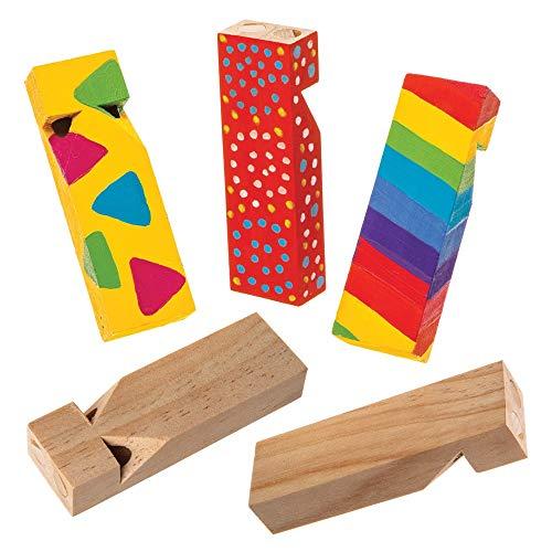 Baker Ross- Silbato de madera (Pack de 5) Silbatos de plástico perfectos para bolsas de regalo para niños, fiestas de Halloween, relleno de piñata o regalos de cumpleaños