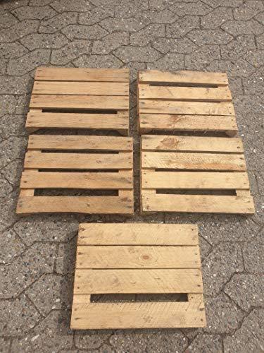 5 stuks oude hoofdeinden van oude houten kisten incl. de driehoekige lijsten.