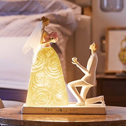 Figura de matrimonio abstracta nórdica Estatua de resina Luces nocturnas con un anillo de diamantes Figura Matrimonio Lámpara de escritorio Decoración de dormitorio Regalos Una luz cálida