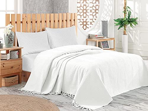 Pique Tagesdecke   Kuscheldecke 220x240 cm   Bettüberwurf mit Fransen   Extra große Wohndecke   Sofadecke 100% Baumwolle   Waffelpique   Weiß