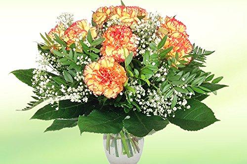 Blumenstrauß mit Nelken - Gelb-rote Nelken, Schleierkraut und Saisonschnittgrün