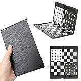 PTMD Tablero de ajedrez de bolsillo 1 juego, 20 cm x 16 cm, tablero de ajedrez magnético de plástico con piezas de ajedrez, para niños y adultos, plegable y portátil para viajes, color blanco y negro