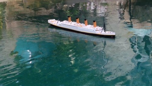 "Ready To Run Remote Control RMS Titanic 32"" with Lights - White Star Lines - Remote Control Model Cruise Ship - RC Ocean Liner - Model Cruise Ship"