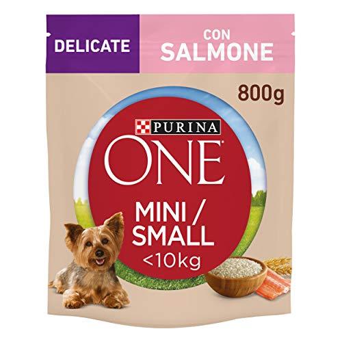 Purina One Mini Crocchette Cane Delicate con Salmone e Riso, per Cani Fino A 10 kg - 8 Sacchi da 800 g Ciascuno