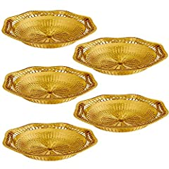 ELEGANT GOLDEN DESGIN – This golden serving dish is made with high-grade plastic and has been given an eye-catching golden finish. It also features a unique and exquisite design that's sure to make it the perfect table center piece. VERSATILITY – Bec...