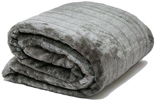 AIREE FAIREE FellDecke Imitat Pelz Kuscheldecken SofadeckeTagesdecken für Betten Stühle Tagesdecke mit Fleece auf der Rückseite & Lagerung Tasche 140 x 180 cms