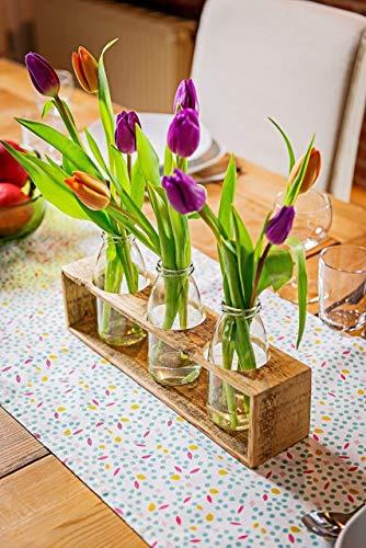 Frühlingsdeko – Vase aus Holz von Obstkiste mit Glasflaschen