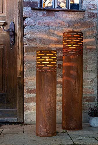 Dekoleidenschaft 2 Windlicht-Säulen aus Metall im Bild