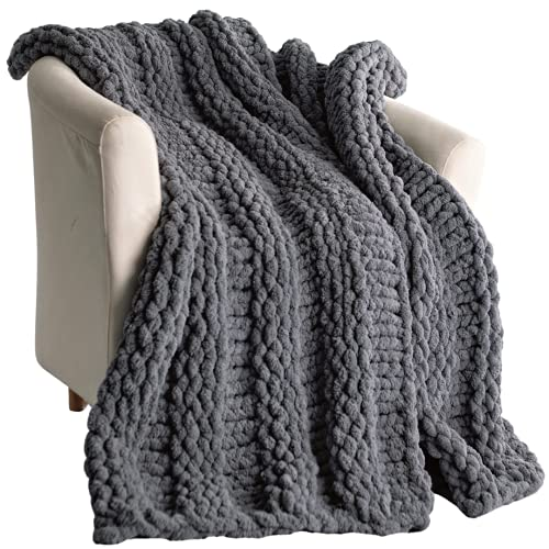 Homey Bear Chunky Knit Throw - Super Soft Luxury Hand-Knitted Blanket - Warm and Cosy Grey Throw Blanket for Your Sofa, Bed, Armchair, Garden and More (130cm x 160cm, Grey)