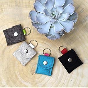 Halsbandtasche aus Wollfilz für Hundemarke, Steuermarke, Tassomarke, Einkauschip oder ein Tile Chip