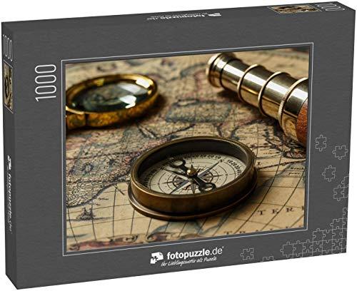 Puzzle 1000 Teile Retro-Kompass mit Alter Karte und Fernrohr - Klassische Puzzle, 1000 / 200 / 2000 Teile, edle Motiv-Schachtel, Fotopuzzle-Kollektion 'Nostalgie'