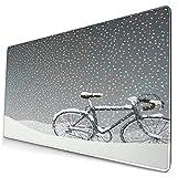 Extra Groß Spiele Mauspad mit Genähten Kanten,Fahrrad bedeckt mit Schnee kaltes Wetter saisonale ruhige Landschaft Weihnachten inspiriert B,Rutschfest Gummibasis Computer Tastatur Matte,29.5' x 15.8'