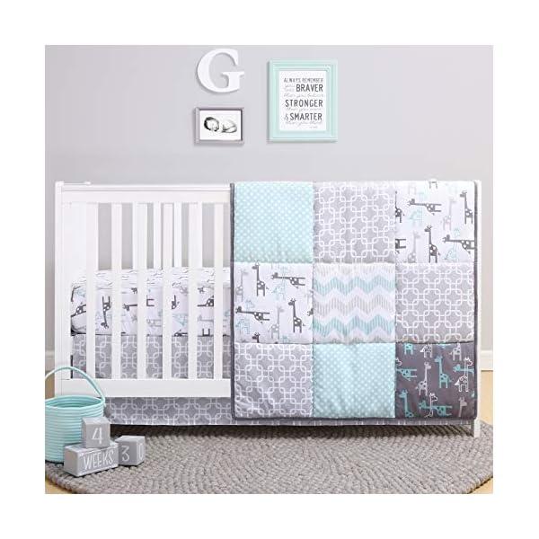 The Peanutshell Giraffe Crib Bedding Set for a Boy, Girl and Unisex Nursery