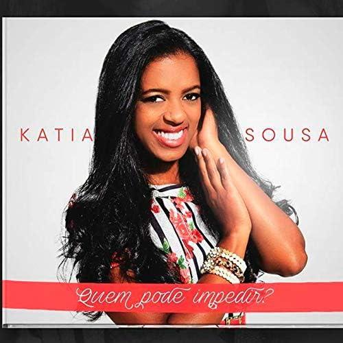 Cantora Katia Sousa