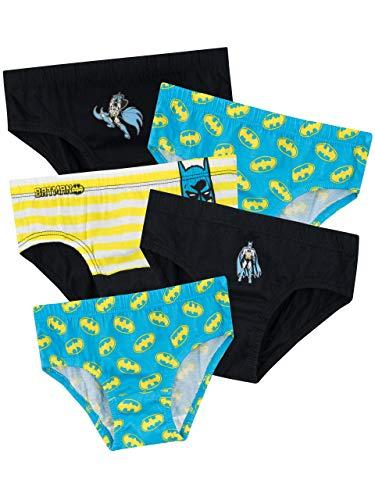 Ropa Interior Para Niños Batman ¡Todos los fanáticos de Caped Crusader adorarán estas increíbles prendas con el mismo Batman! Un paquete múltiple en colores vibrantes y diseños que garantizarán a tu fan de Justice League un día lleno de aventuras. Me...