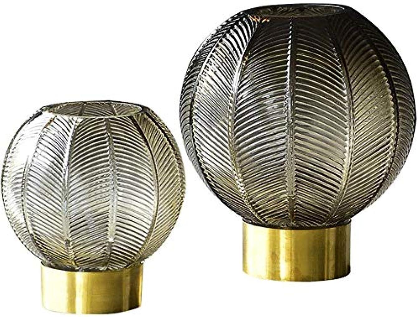 移植一杯軍花器 色ガラスの花瓶金属銅ボールスモークグレーゴールド工場フラワーフラワーアレンジメントドライフラワー17 * 16 * 9センチメートル