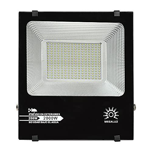 MEGALUZ R200W006 Reflector LED Exterior 200W, Resistente al Clima IP 66, Iluminación Equivalente a 2000W. Alta Eficiencia de Luz y Ahorro de Energía. Foco Slim para Exteriores. Incluye Base.