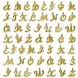 SAVITA 130 Pezzi Ciondoli Lettere Alfabeto Dorato Ciondolo Lettera Ciondolo Lettere per braccialetti ABC Lettera Charms Mini Alfabeto A-Z Bracciale in Lega di Zinco Pendenti con Collana per Creazione