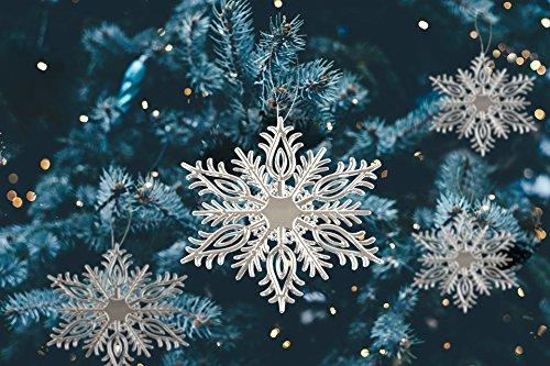 * Vier Stück Schneeflocken-Baumanhänger silberfarben mit Kordel zum Aufhängen | Christbaumschmuck Fensterdeko Weihnachtsdeko | Ø ca. 16,8 cm