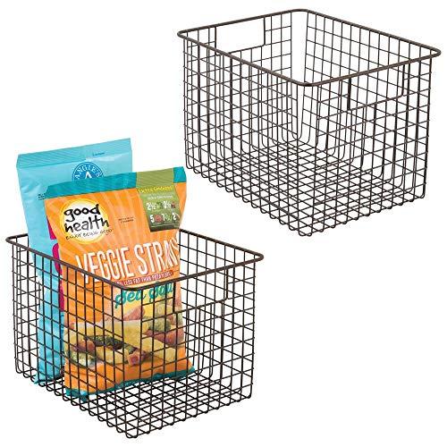 mDesign 2er-Set Allzweckkorb aus Metalldraht – flexibler Aufbewahrungskorb für die Küche, Vorratskammer etc. – kompakter und universeller Drahtkorb mit Griffen – bronzefarben