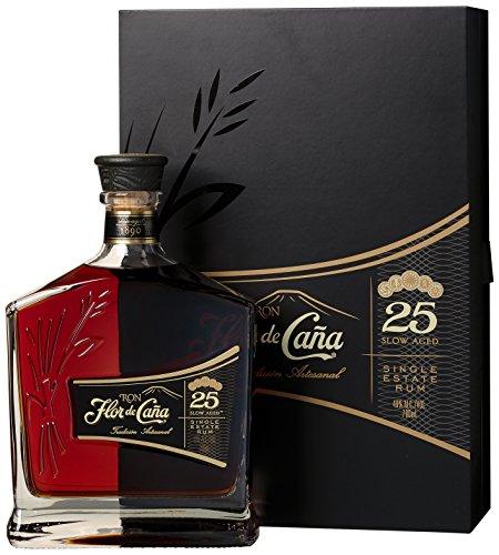 Flor de Cana Centenario Old Rum 25 Jahre mit Geschenkverpackung (1 x 0.7 l)