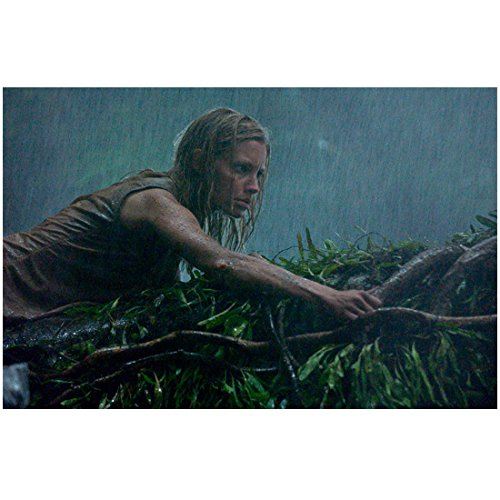 Anacondas: The Hunt for the Blood Orchid KaDee Strickland as Sam climbing through jungle 8 x 10 Inch Photo