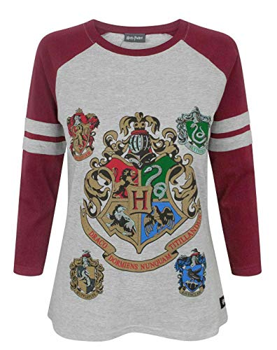 Officially licensed Harry Potter merchandise Perfect for Harry Potter fans Awesome print featuring the Hogwarts and house crests with metallic ink detail Raglan-style tee with contrasting red sleeves and a regular fit, UK sizing Front & Back: 93% Cot...