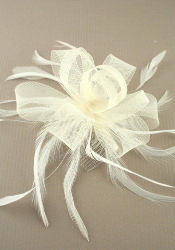 Crystal Innovation-7785 Looped Cream Net Ribbon and Feather Fascinator on a Clear Comb by Crystal Innovation