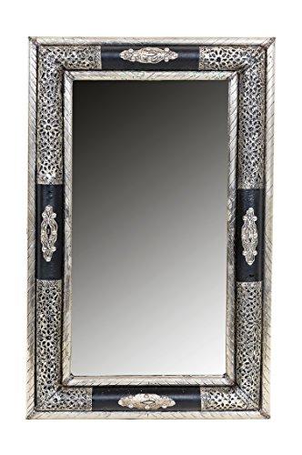 Orient Spiegel Wandspiegel Hayud 70cm groß Silber | Großer Marokkanischer Flurspiegel mit Holzrahmen orientalisch verziert | Orientalischer Vintage Badspiegel ohne Beleuchtung als Orientalische Deko