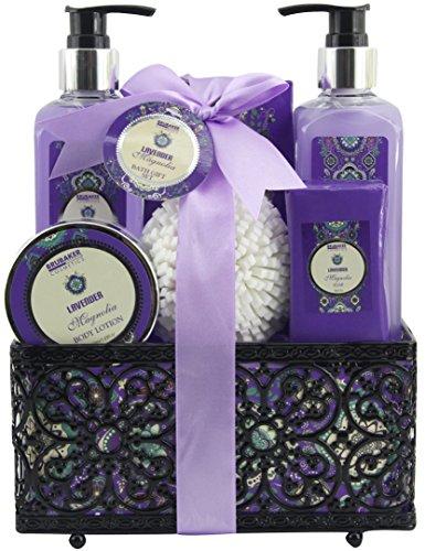 """BRUBAKER Cosmetics Set de Baño y Ducha""""Lavender & Magnolia"""" - Fragancia Lavanda Magnolia - Set de regalo 7 piezas en cesta decorativa"""