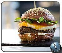 卵と野菜のハンバーガーパーソナライズされた長方形のマウスパッド、印刷された滑り止めゴム快適なカスタマイズされたコンピューターマウスパッドマウスマットマウスパッド