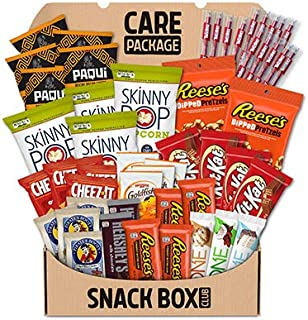 SNACK BOX CLUB College Care Package, REESE'S, KIT KAT, TWIZZLERS, SKINNY POP, PAQUI, PIRATE'S BOOTY, PEPPER...