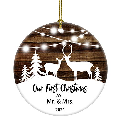 JUOOE Our First Christmas as Mr & Mrs Deer Christmas Tree Ornament Christmas Wedding Decoration Couple Gift Newlywed Couple 2021 (White and Brown Mrs mr)