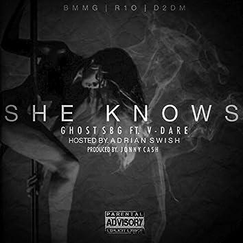 She Knows (feat. V-Dare)