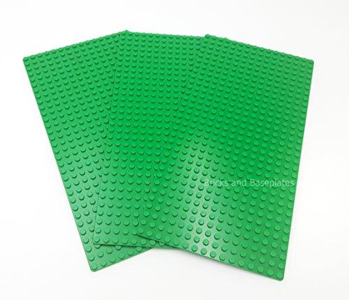 LEGO 3 placas de base verdes (base de placa) 16 x 32 pines (12,8 cm x 25,6 cm x 0,3 cm) – Tomado de juegos y se suministra en una bolsa sellada transparente de ladrillos y placas base