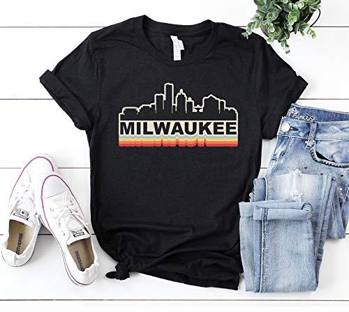 Hot- Milwáukéé Skyliné Vintágé Rétro T-Shirt Gift Milwáukéé Wisconsin Milwáukéé Tourist Gift Milwáukéé Souvénir Milwáukéé Hométown