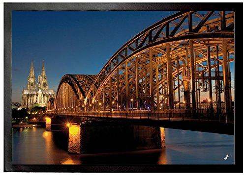 1art1 Köln - Hohenzollernbrücke Und Kölner Dom Bei Nacht Fußmatte Innenbereich und Außenbereich | Design Türmatte 70 x 50 cm