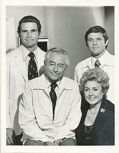 ROBERT YOUNG/JAMES BROLIN/MARCUS WELBY, M.D./7X9 ORIGINAL PHOTO BB4089