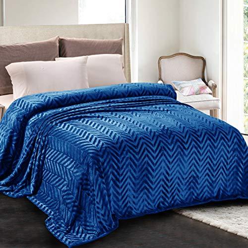Whale Flotilla Flanell-Fleece-Doppelgröße (228 x 168 cm), leichte Bettdecke, weicher Samt, flauschige Decke, Chevron-Design, dekorative Decke für alle Jahreszeiten, Königsblau