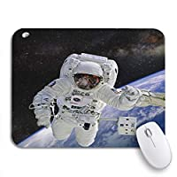 NINEHASA 可愛いマウスパッド ノートパソコン、マウスマット用のこの家具付きノンスリップラバーバッキングマウスパッドの宇宙ミッションに宇宙飛行士を合わせてください