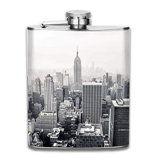 CHILL·TEK Hip Flask For Liquor New York City Landscape Stainless Steel Flask - Leak Proof Pocket Drinking Flask For Storing Whiskey Alcohol Liquor