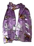 Bufanda lila perro brillante con un diseño cuadrado y diferentes razas de perros -- Lilac dog scarf ...