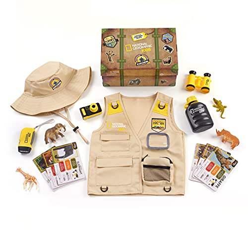 NATIONAL GEOGRAPHIC Kids Safari Time Dress Up Trunk, 17 Pieces, Multi-Color